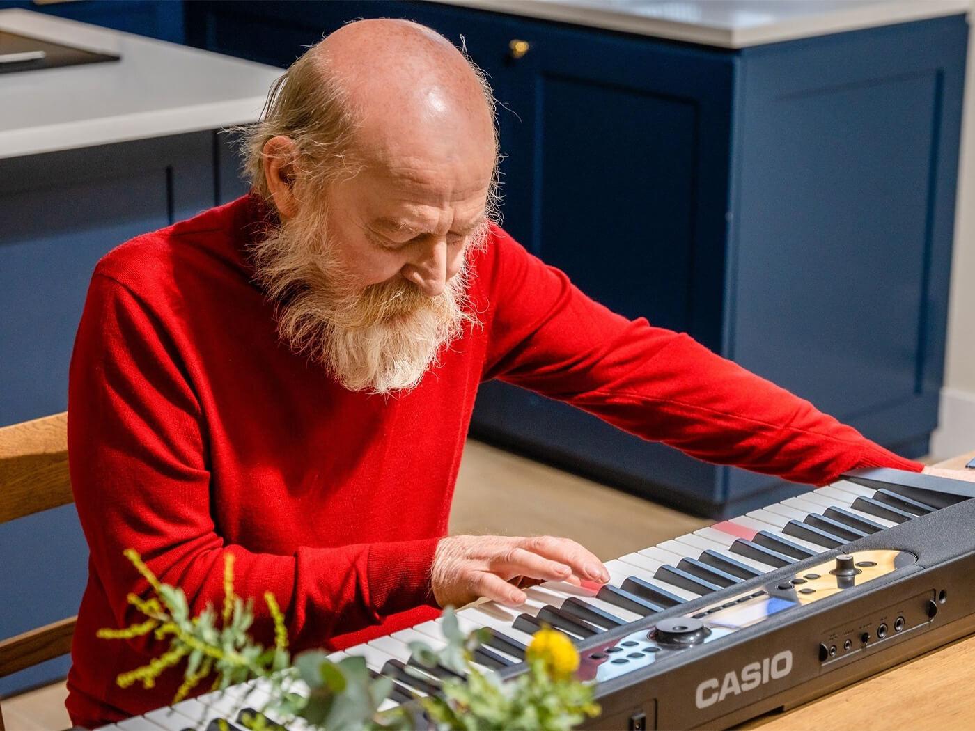 Casio Music Uk Music for Dementia Light Up MY Life