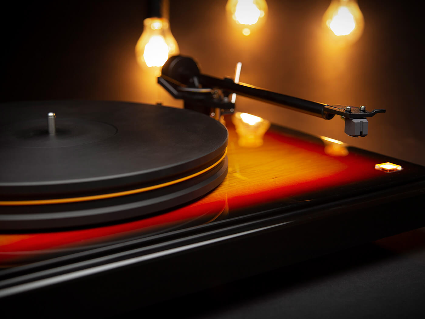 """Fender x MoFi PrecisionDeck is a """"meticulously built"""" $3,495 turntable inspired by the Precision Bass"""