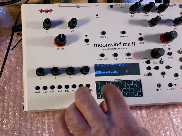 Jomox Moonwind MK II