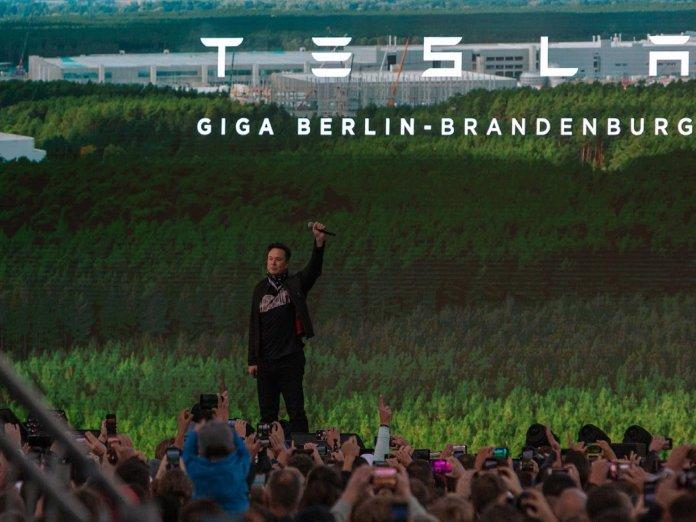 Elon Musk at Tesla Gigafactory